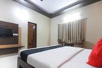 Capital O 44624 Hotel Basava Residency Deluxe