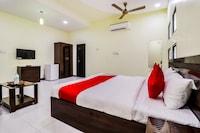 OYO 44656 Jvr Hotel
