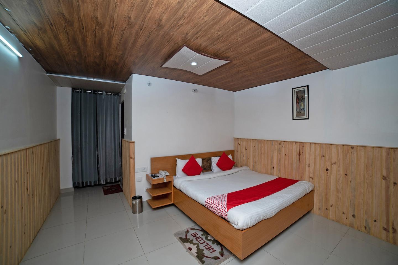 OYO 44657 Hotel Bala Paradise -1