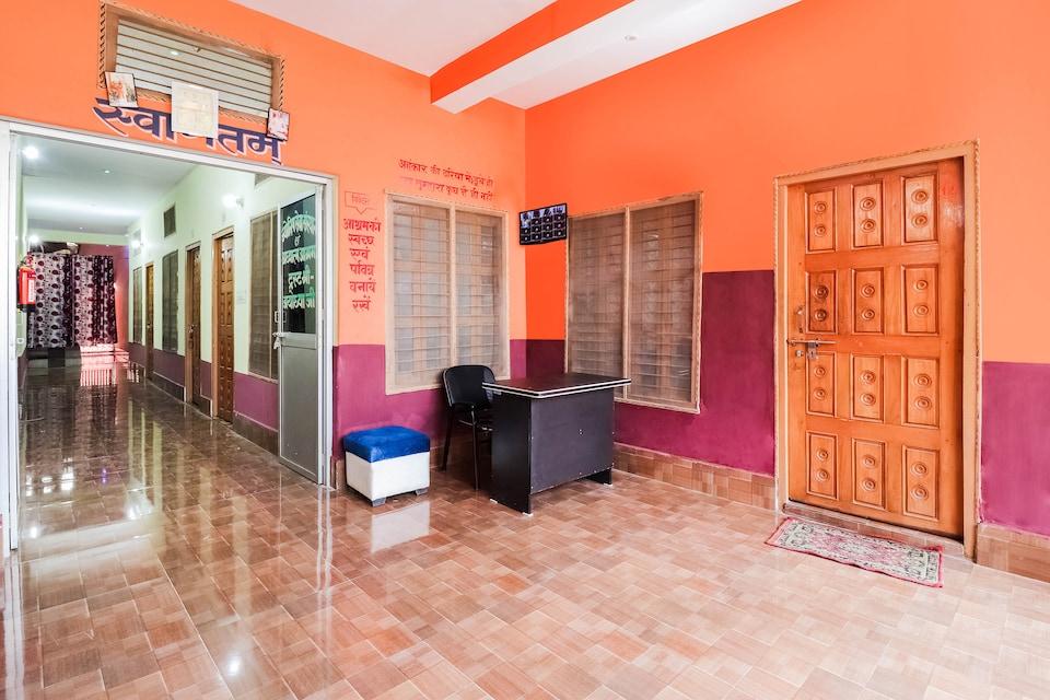 SPOT ON 44676 Jyotish House , Ayodhya, Ayodhya