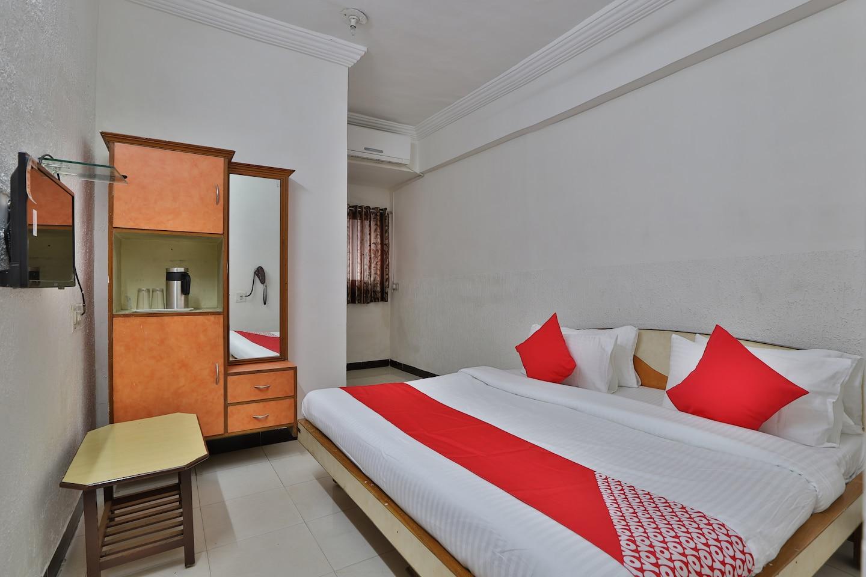 OYO 44780 Hotel Visamo -1
