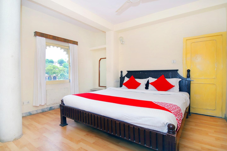 OYO 44796 Hotel Pannadhay Palace -1