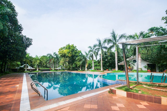 Palette - Pandit's Health Resort & Spa Deluxe