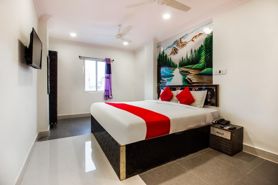 OYO 44823 Bhasker Residency