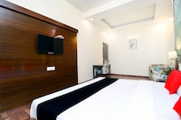 Capital O 44981 Hotel Heaven View  Deluxe