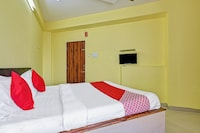 OYO 45014 Hotel Samarth Lodge Saver