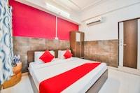 OYO 45055 Hotel King's Palace