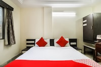 OYO 45122 Hotel Asopalav