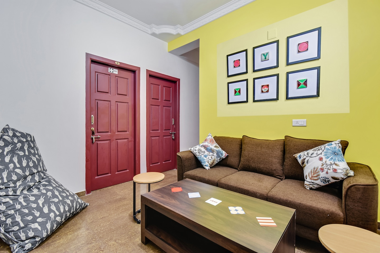 OYO Home 45155 Enticing Studios Davisdale -1