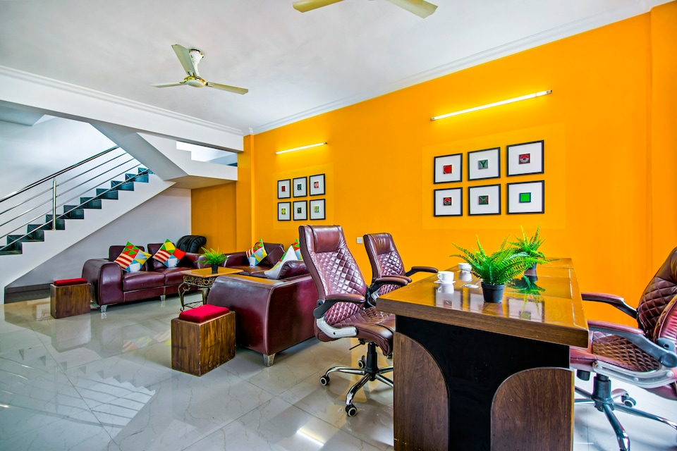 OYO Home 45156 Dazzling Stay Near Airport