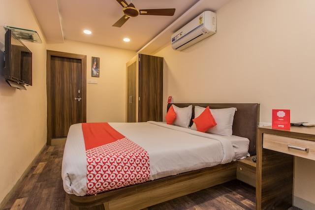 OYO 4058 Hotel Krishna Residency