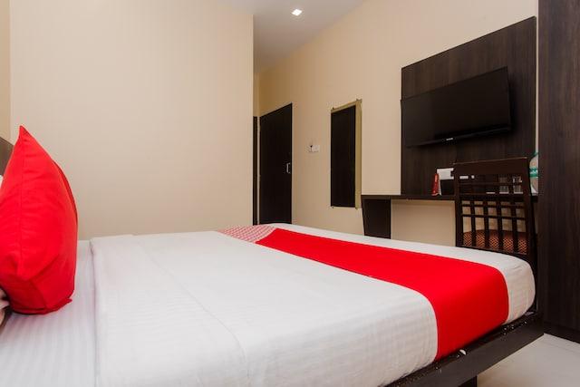 OYO 4083 Hotel Alfa Grand Saver