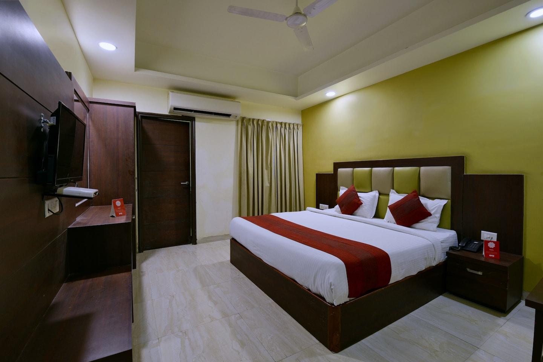 OYO 4107 Hotel Aroma Inn -1