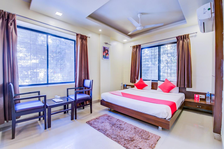 Oyo 693 Hotel Ranjanas Hospitality Pune Book This Hotel At