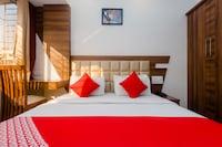 OYO 4125 Krishna Avtar Service Apartment Deluxe Deluxe