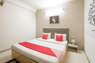 Oyo 695 Hotel Silver Leaf Noida Noida Hotel Reviews