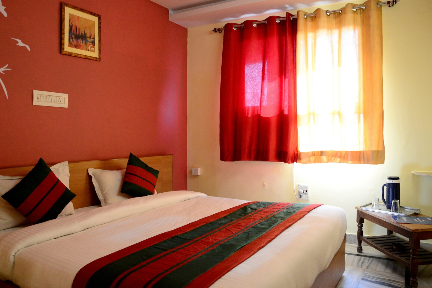 OYO Rooms 213 Bus Stand Jaipur Room-1