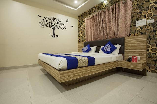 Oyos In Ram Ghat  Booking Starts    U20b9856  Night