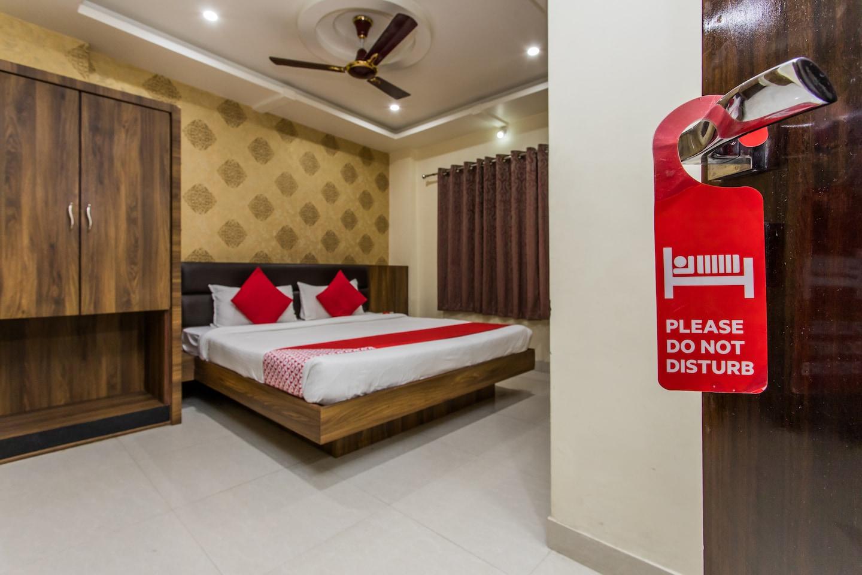 OYO 4164 Hotel Shivam Elite -1