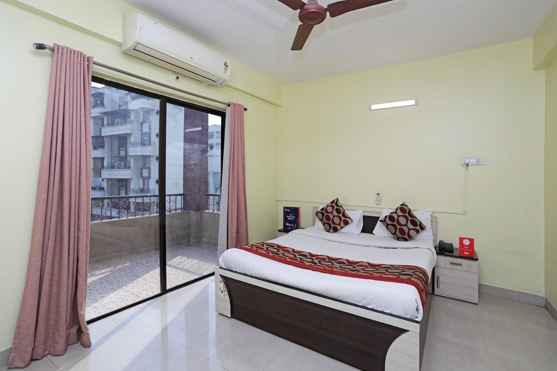 OYO 704 Apartment Kharadi -1