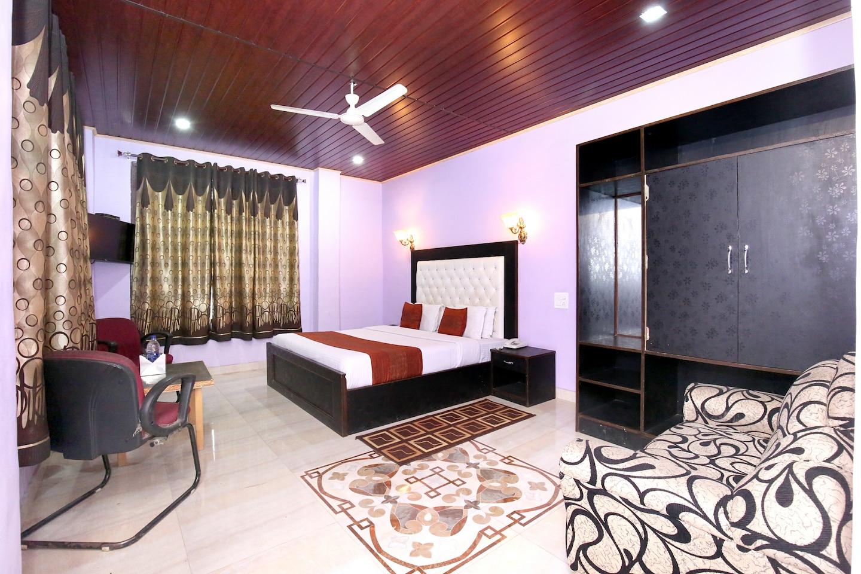 OYO 4190 Vatika Resort -1
