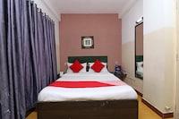 OYO 4219 Ratnakar Residency Suite