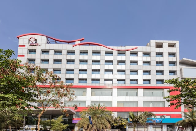 Capital O 4259 Hotel Mangal City