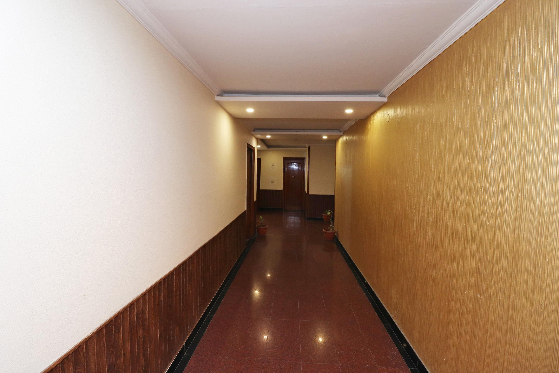 OYO 4284 Hotel Vivek