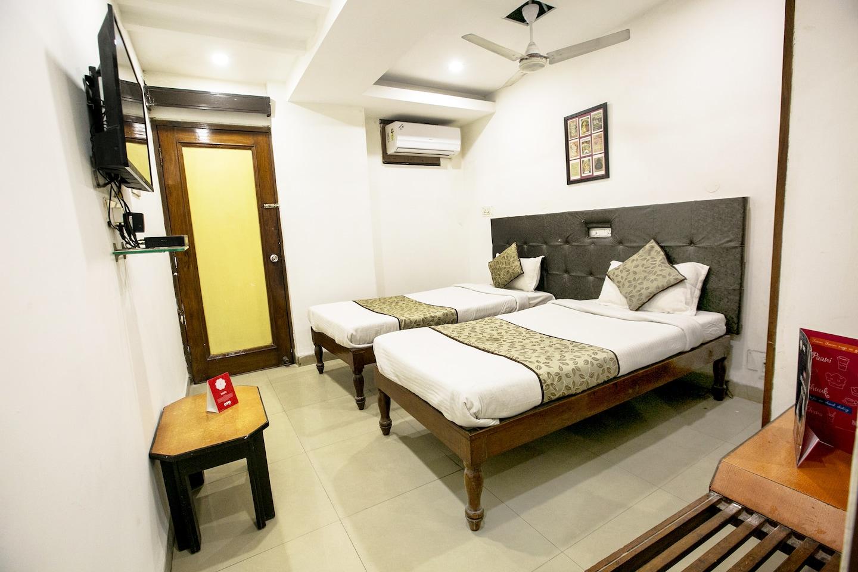 OYO 4287 Hotel Pathik -1