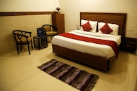 OYO 4302 Hotel Imperial Lodge