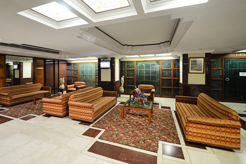 OYO 719 Hotel Pearl Regency -1