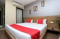 Capital O 723 Hotel Ivory Retreat Suite
