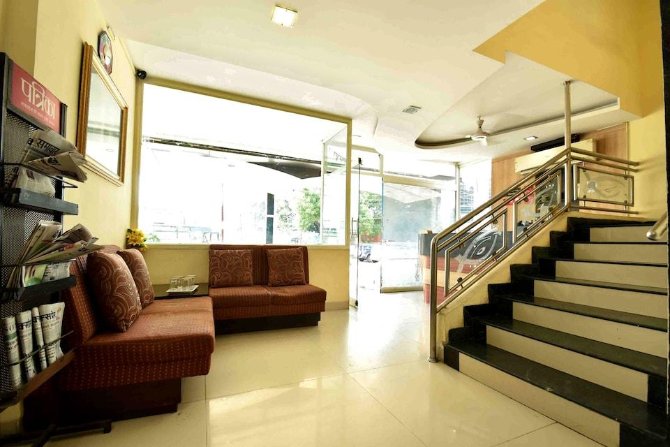 OYO 735 Hotel Elegant Classique