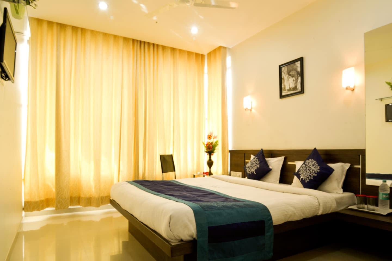 OYO 4437 Hotel Sai Sakha -1