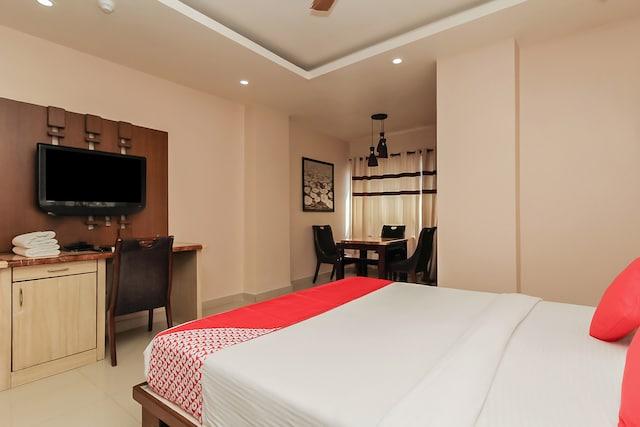 OYO 740 Hotel Grand Elite Deluxe