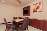 OYO 740 Hotel Grand Elite Suite
