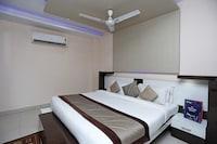 OYO 4471 Hotel Rajmahal