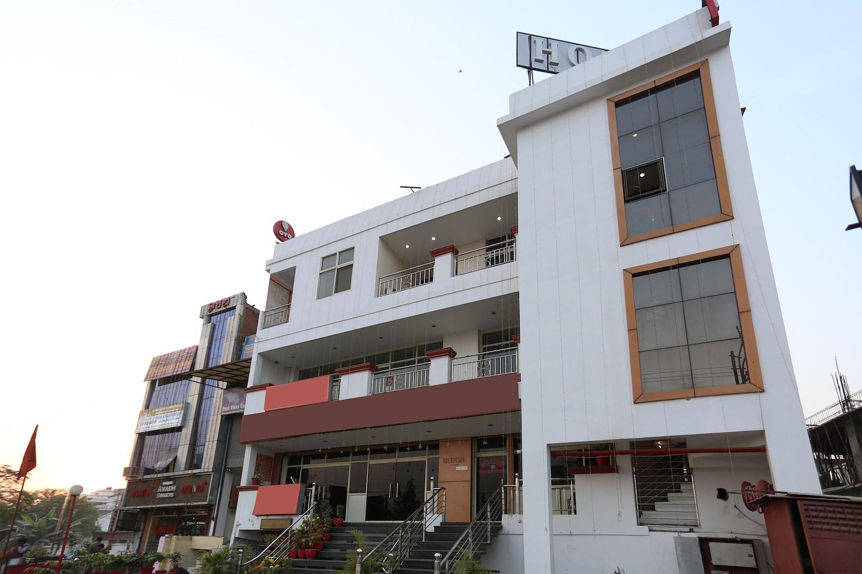 OYO 4471 Hotel Rajmahal -1