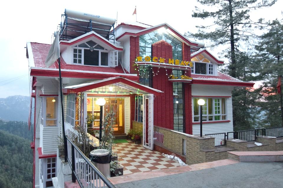 OYO 4479 Hotel Rock Heaven