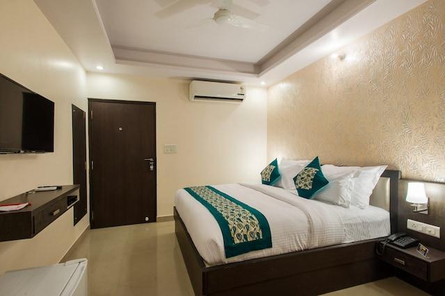 Capital O 744 Hotel Vachi Inn