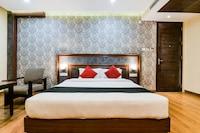 Capital O 4535 Hotel Uma Palace Deluxe