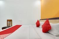 Capital O 45263 Ayushman Residency