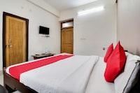 OYO 45278 Anuraag Palace