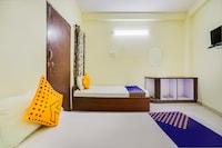 SPOT ON 45291 Bharat Lodge SPOT