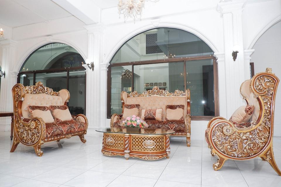 OYO 1136 Hotel Surya Solo, Solo Timur, Solo