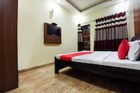 OYO 4548 Hotel Tom Stay