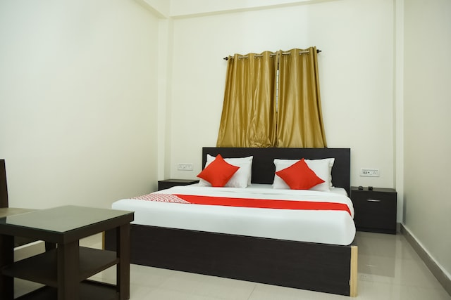 OYO 45319 Om Paradise Guest House