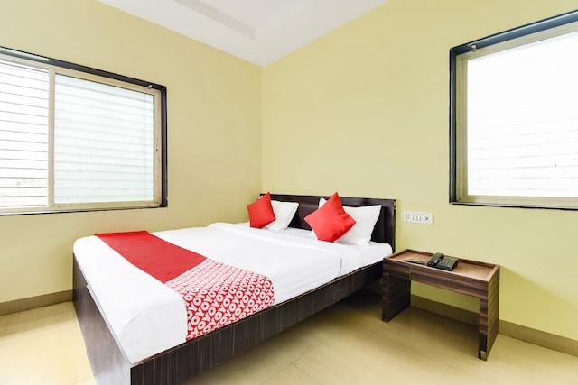 OYO 45332 Hotel Vivek Executive Deluxe