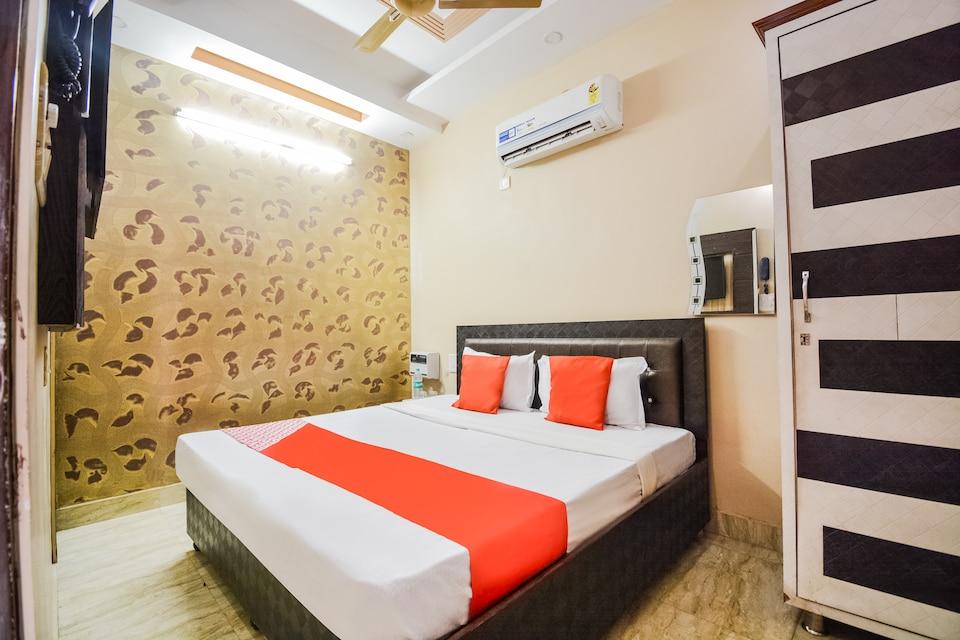 OYO 8789 Hotel Noor Palace, Dalgate Srinagar, Srinagar