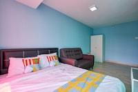 OYO Home 43945 Colorful Studio Empire City Halo Sunday
